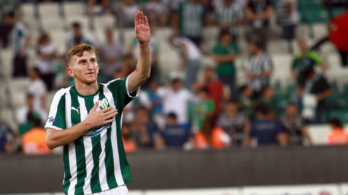 Galatasaray, Burak Kapacak için Bursaspor'a para ve takas teklifi yapacak