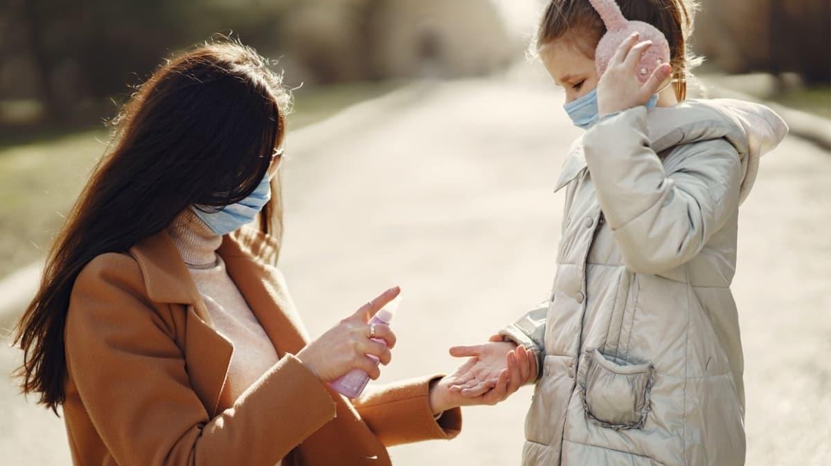 """Koronavirüs hangi yaş grubunda çocukları etkiliyor"""""""