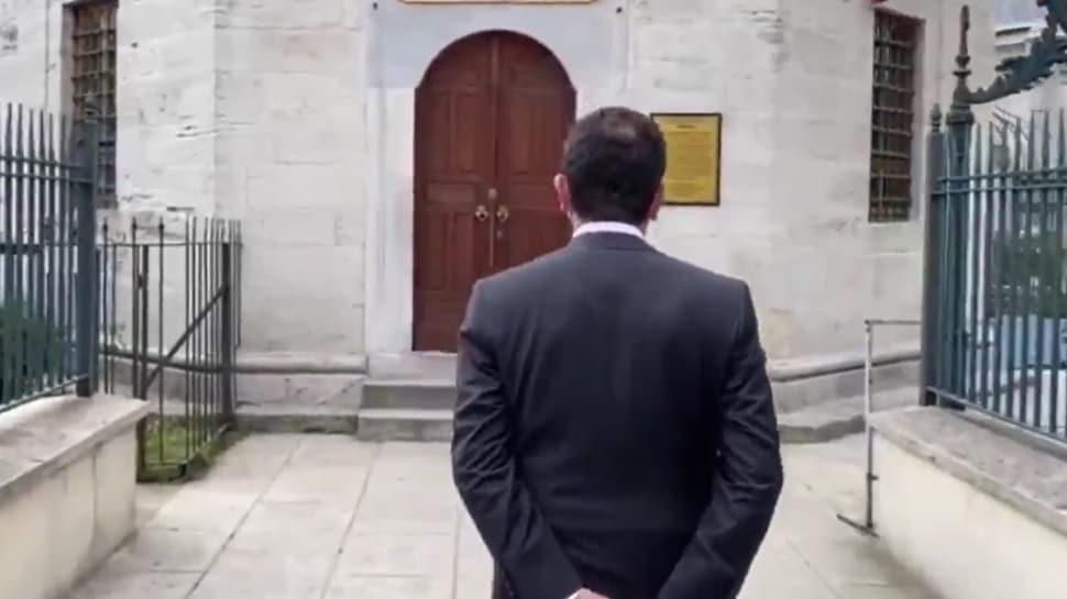 CHP'li İBB Başkanı İmamoğlu'nun ciddiyetsiz türbe ziyareti tepki çekti