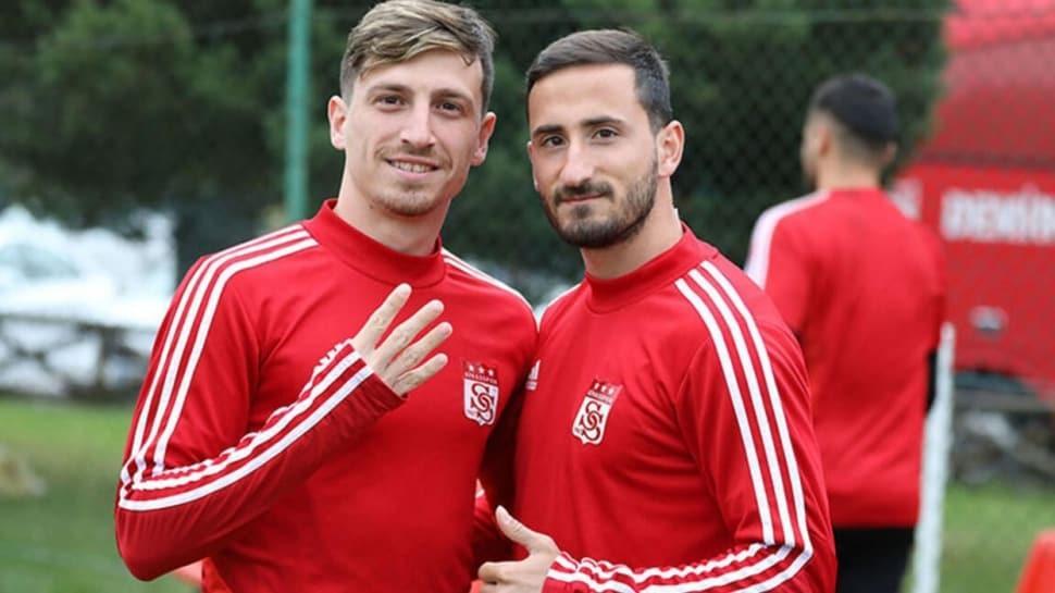 Sivasspor Erdoğan Yeşilyurt ile 3 yıllık sözleşme imzaladı