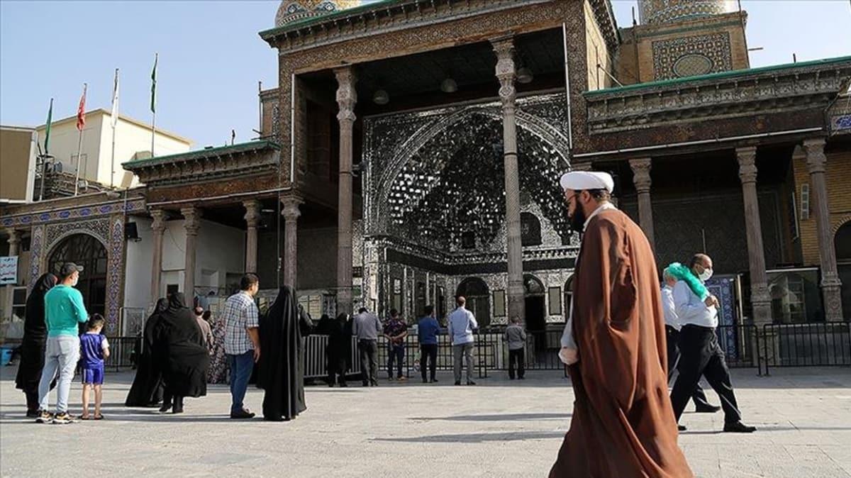 İran'da yeni tip koronavirüs kaynaklı can kaybı 7 bin 797'ye yükseldi