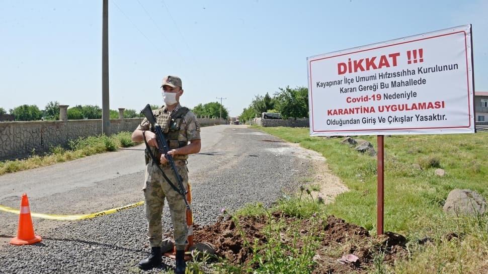 Diyarbakır'da 40'ın üzerinde vaka çıkan mahalle karantinaya alındı