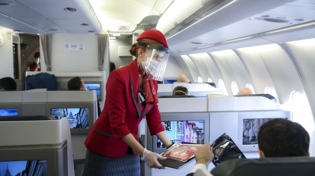 THY'nin normalleşme sürecindeki ilk uçuşu gerçekleştirildi