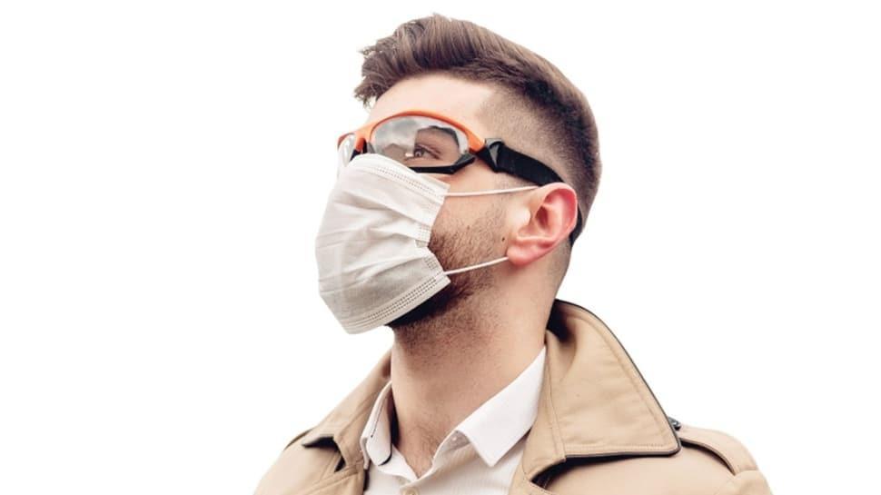 Koronavirüse karşı gözleri de korumalı