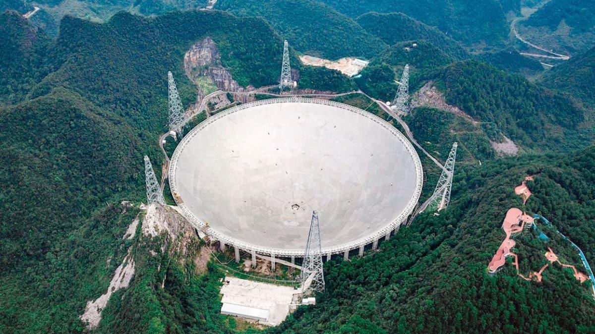 Devasa teleskop uzaylı arayacak