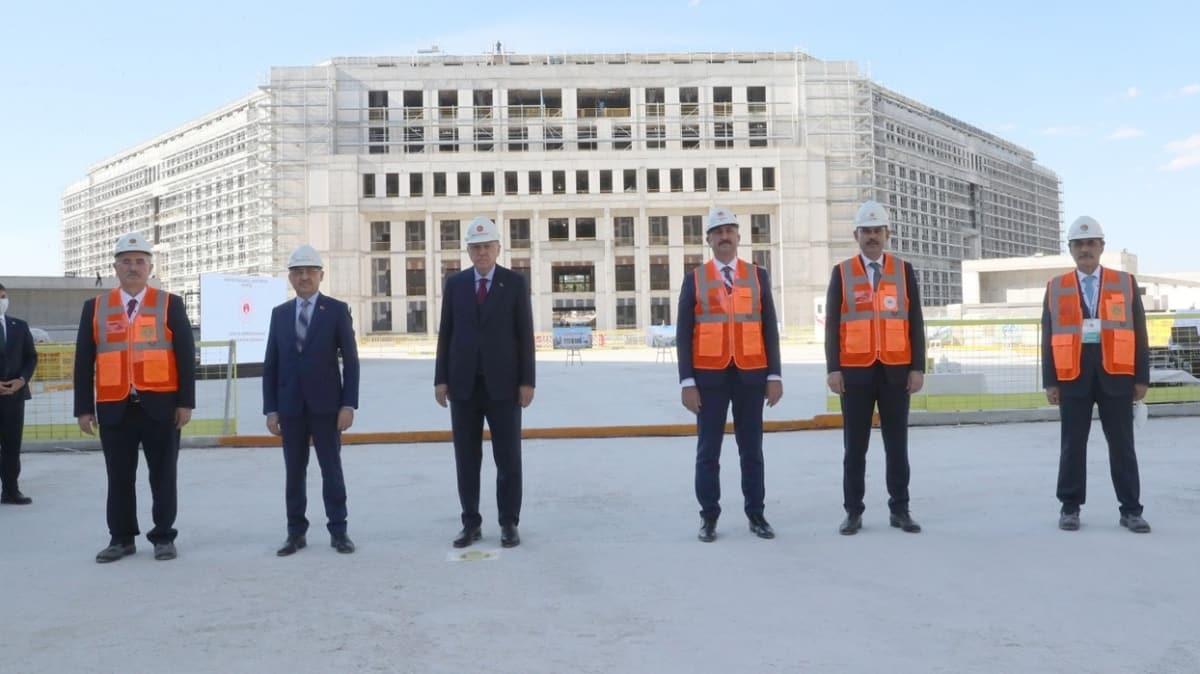 Başkan Erdoğan, Yargıtay Başkanlığı yeni hizmet binasını inceledi