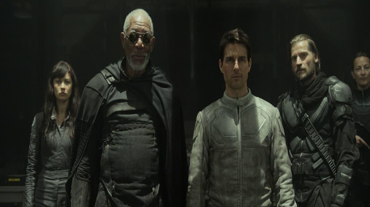 """Oblivion filmi konusu nedir"""" Oblivion oyuncuları kimler, hangi yılda çekildi"""""""