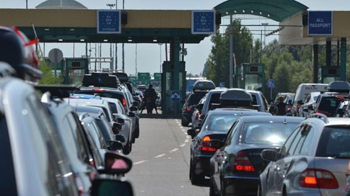 Macaristan ve Hırvatistan, sınır kısıtlamalarını kaldırıyor