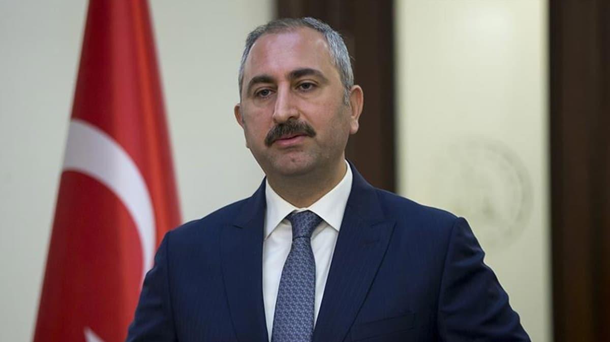 Adalet Bakanı çirkin paylaşımı kınadı: Hukuk gereğini yapacaktır
