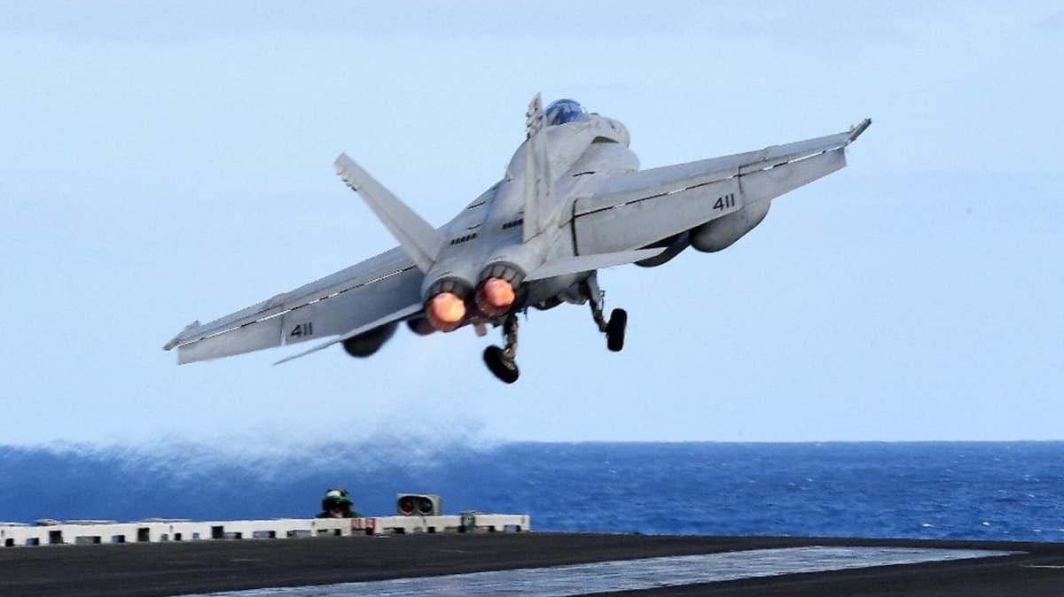 Filipin Denizi'nde ABD'ye ait savaş uçağı düştü