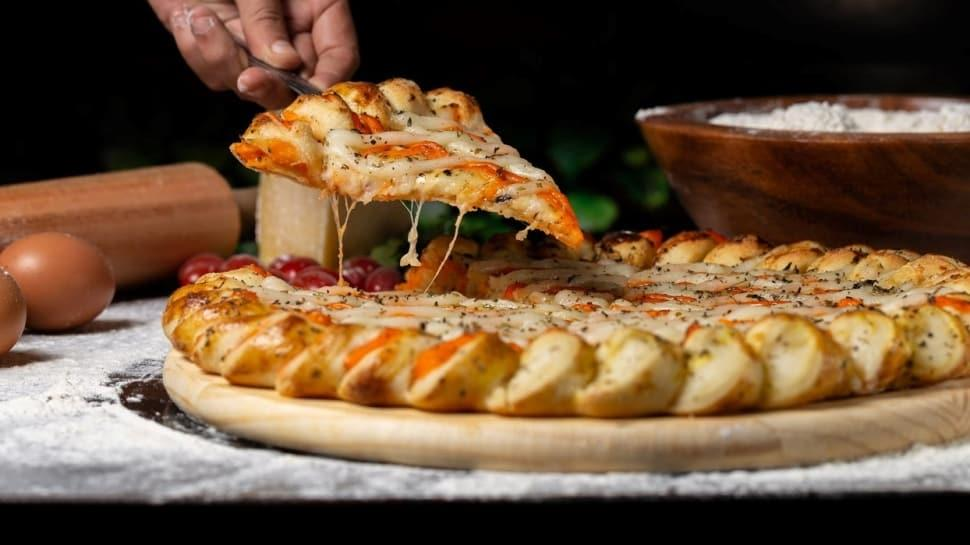 Kahvaltıya özel hafif pizza tarifi!  Kahvaltılık tarifler...