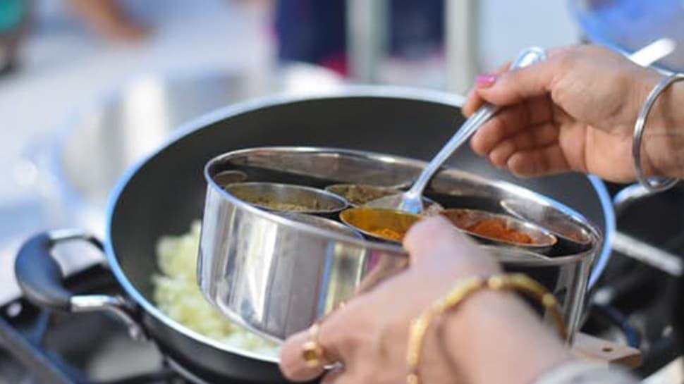 Soğuk nohutlu çorba yaz menüsünün favorisi olacak!  Soğuk nohutlu çorba nasıl yapılır?