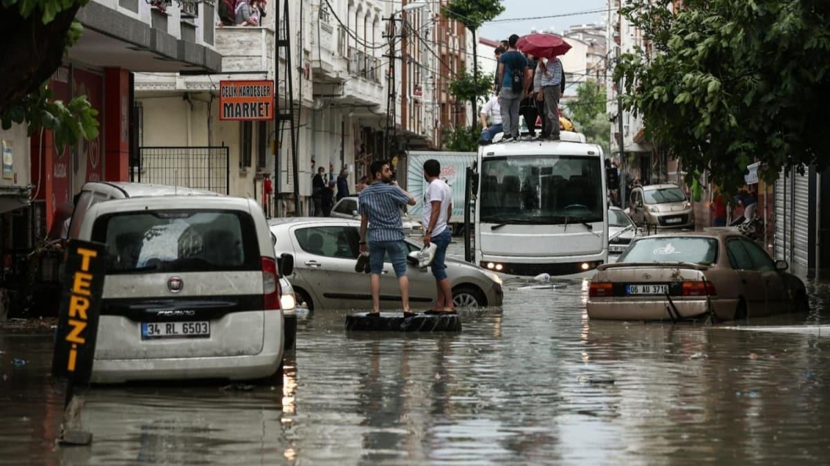 Vali Yerlikaya'dan İstanbul'daki yağışla ilgili önemli açıklama