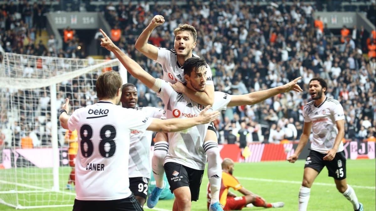 Beşiktaş'ta İttifak Holding Konyaspor maçının 21 kişilik kadrosu belli oldu