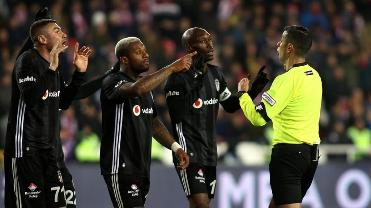 Beşiktaş'ta kritik Konyaspor maçı öncesi 7 oyuncu kart sınırında
