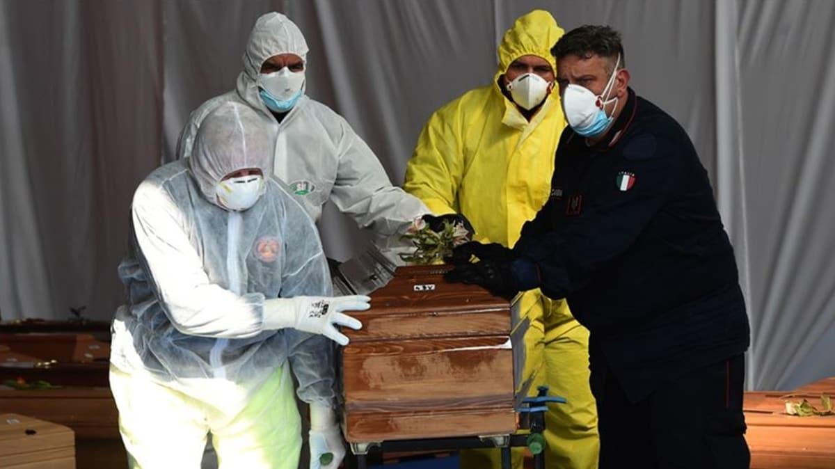 İtalya'da 4 aydır devam eden salgın nedeniyle ölü sayısı 35 bine yaklaştı!
