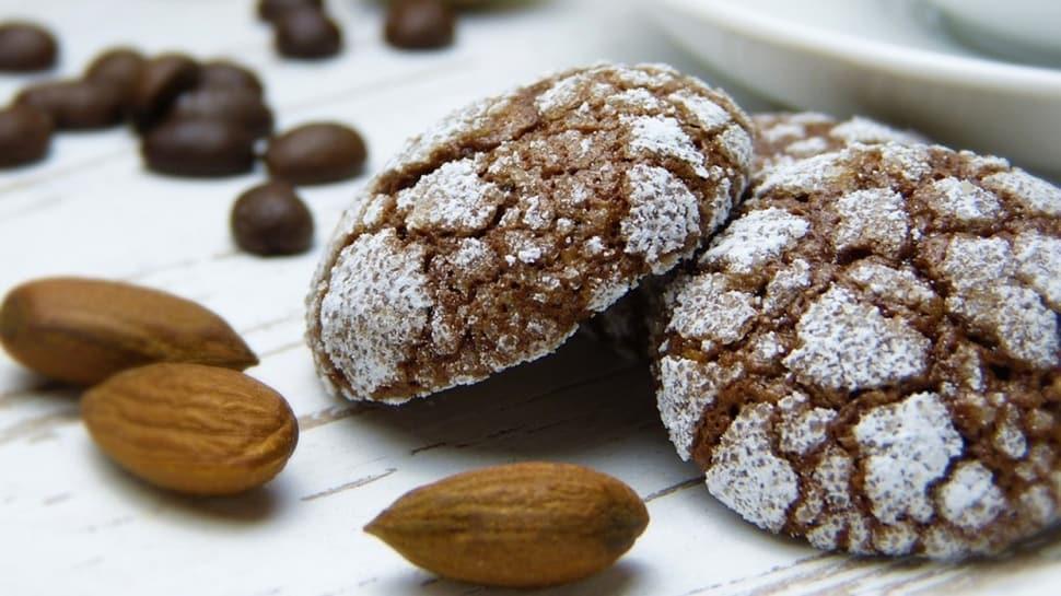 En sevilen 3 kurabiye tarifi: İzmir bombası, kakaolu ve elmalı kurabiye