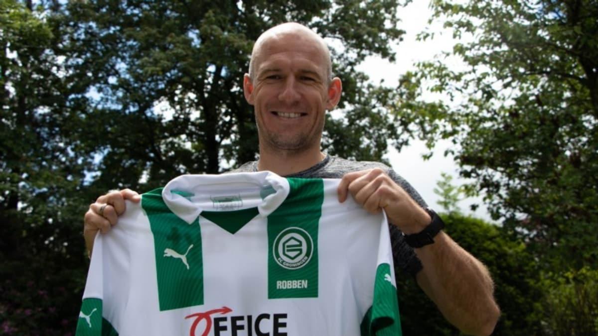 Arjen Robben, futbola geri döndü