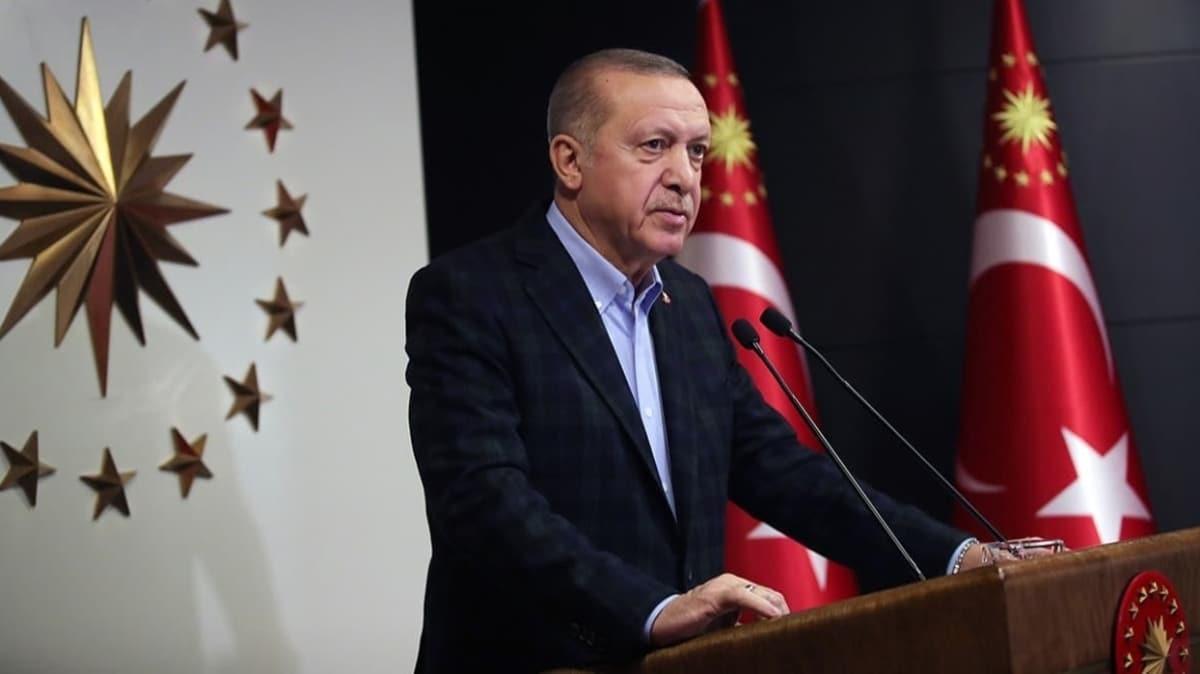 Başkan Erdoğan'ın konvoyundaki başörtülüleri içeri almamışlar... Bakan Varank o anısını yıllar sonra anlattı