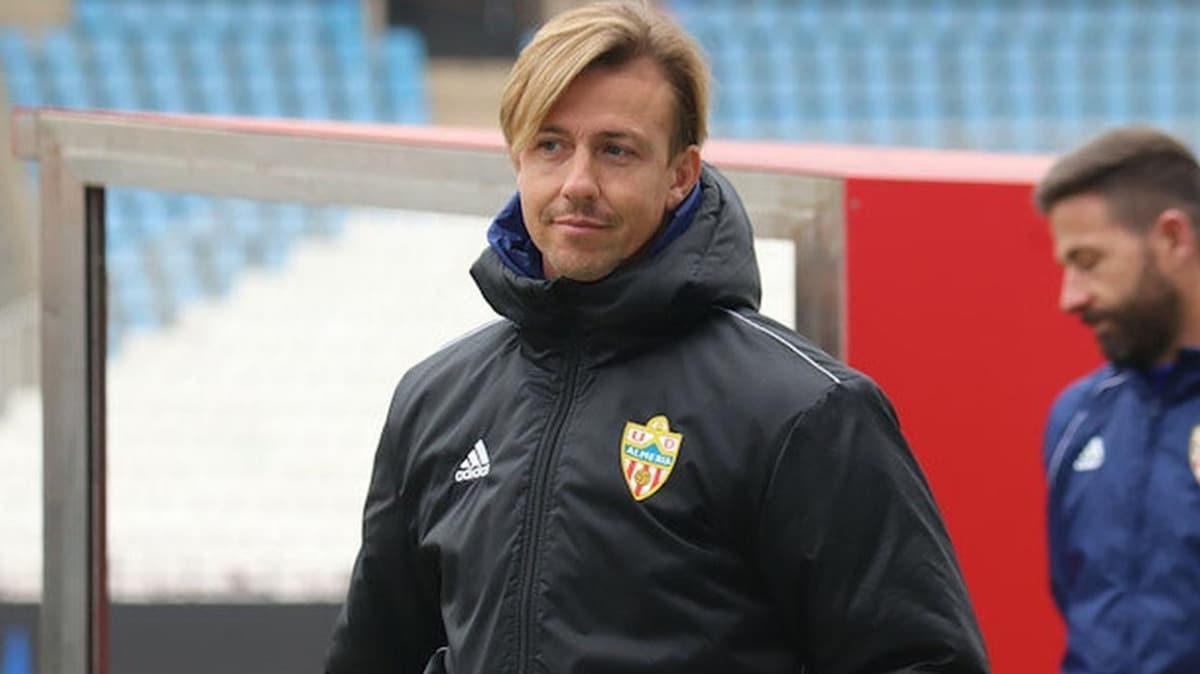 Almeria'da teknik direktör Guti görevden alındı