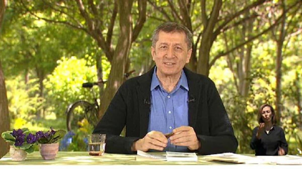 Bakan Selçuk, EBA TV'den seslendi: Bu dersler çok farklı içeriklerle hazırlandı