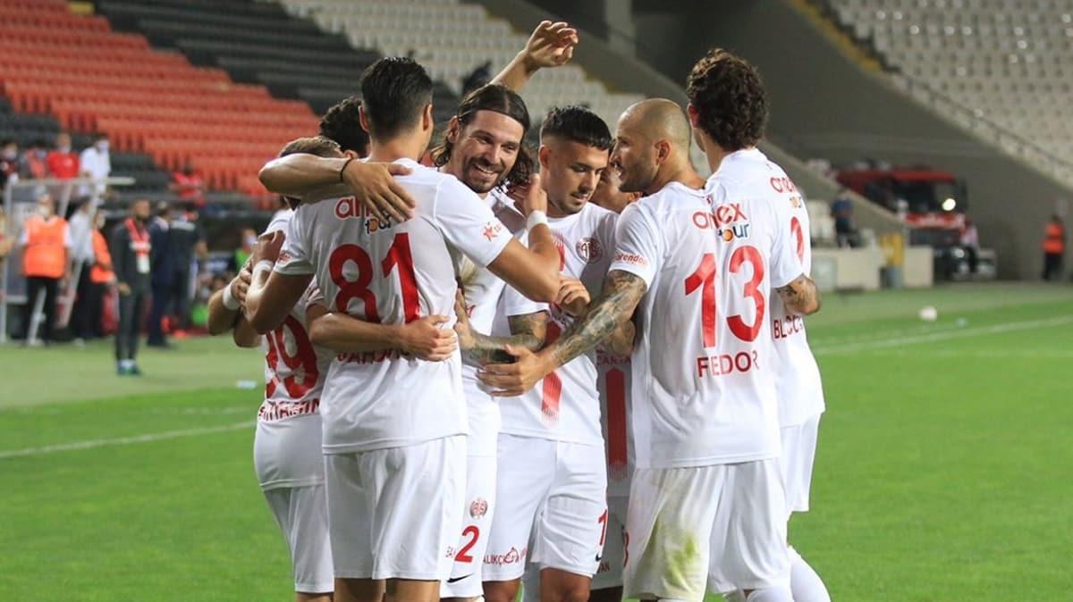 Antalyaspor Süper Lig'deki yenilmezlik rekorunu kırdı