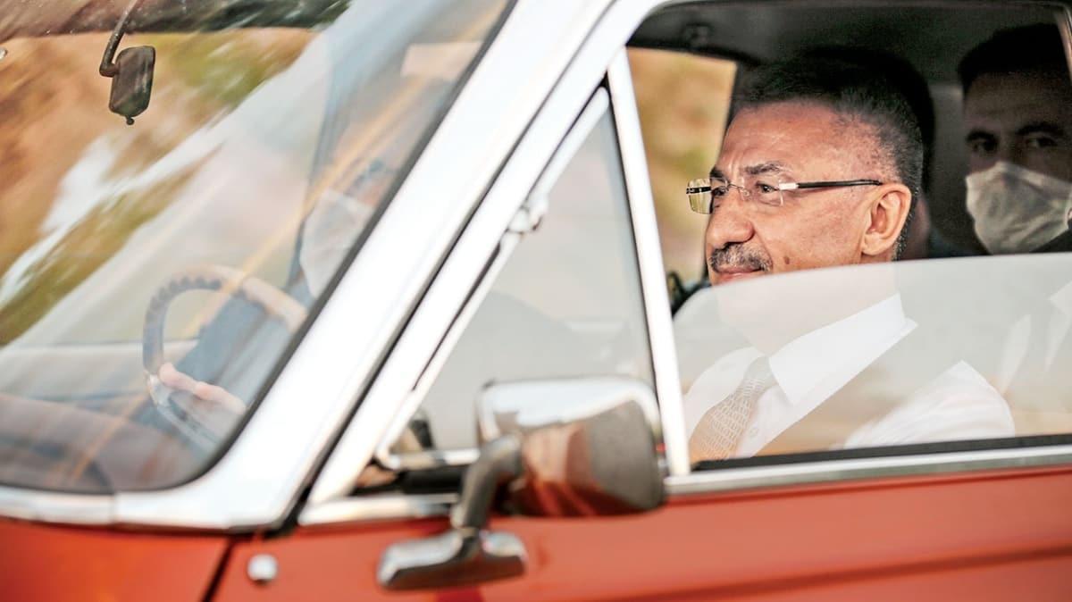 Fuat Oktay klasik otomobil kullandı