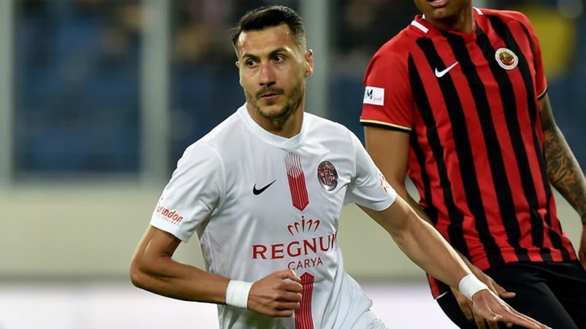 Adis Jahovic, penaltıdan attığı gollerle 'gol krallığı' yarışında