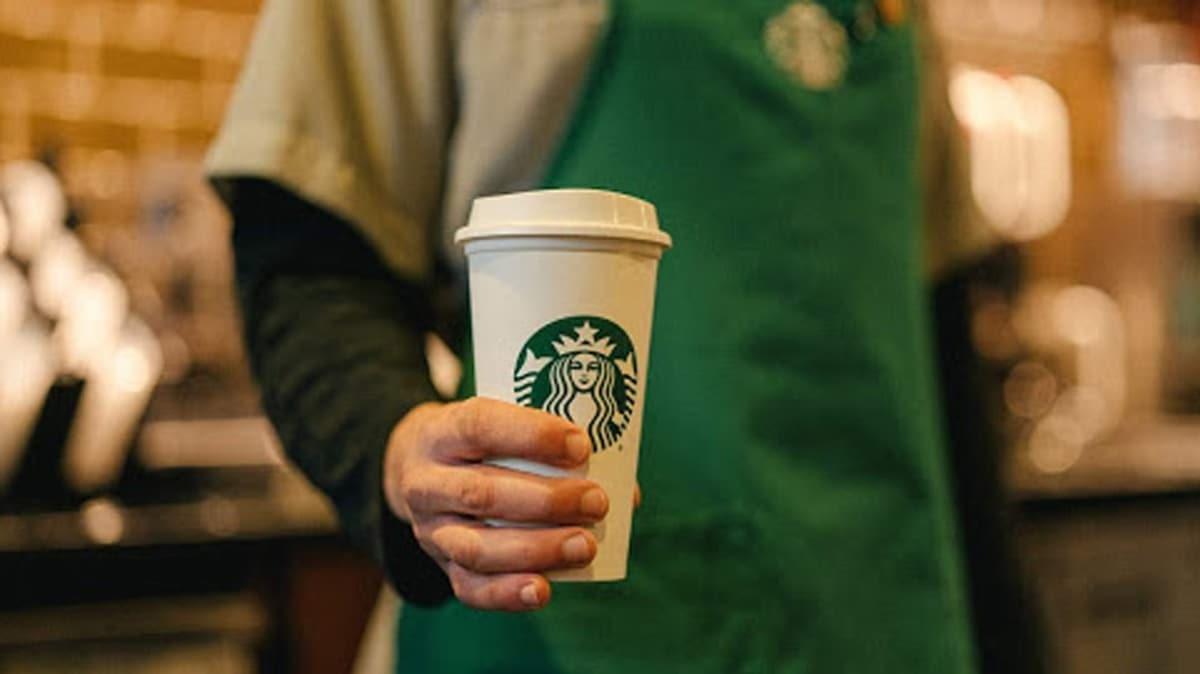 Starbucks sosyal medya platformlarına reklam vermeyi durdurdu