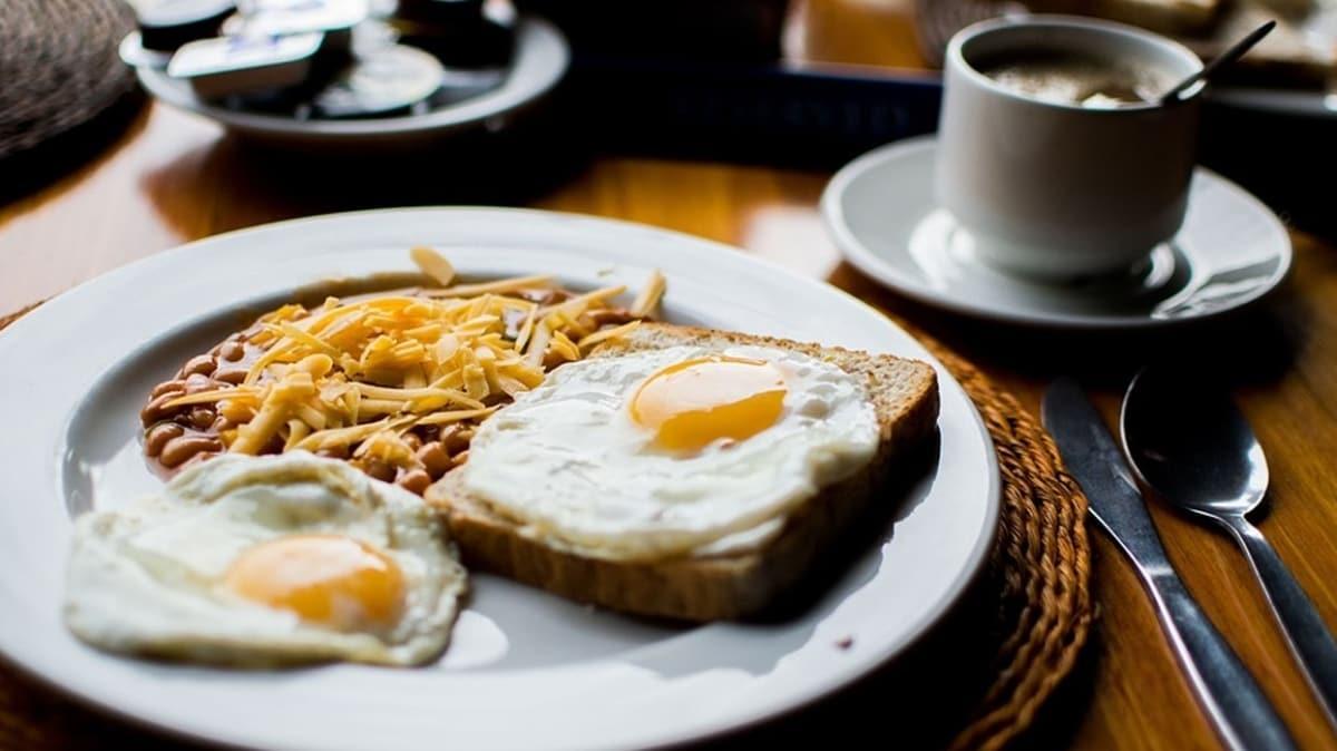 Kahvaltıya haşlanmış yumurta ile başlayın!  Yaz aylarında sağlıklı beslenme önerileri