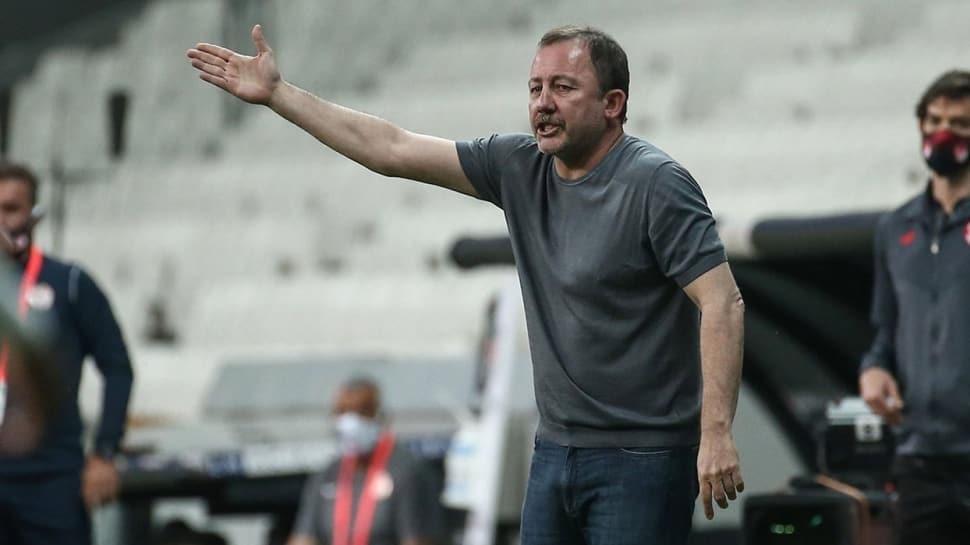 Beşiktaş'ta gidecekler ve kadroya katılacaklar belli oluyor