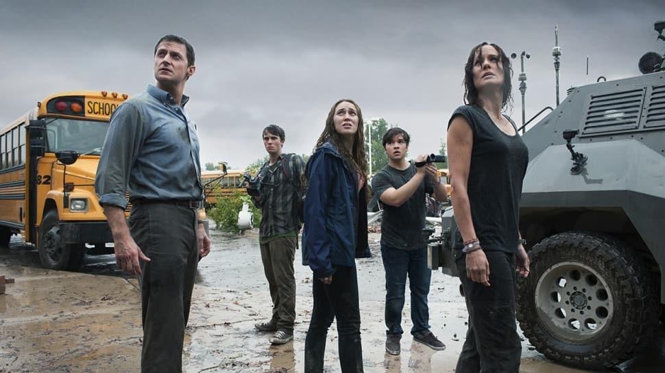 """Fırtınanın İçinde filmi konusu nedir"""" Fırtınanın İçinde (Into the Storm) filmi oyuncuları kimler"""""""