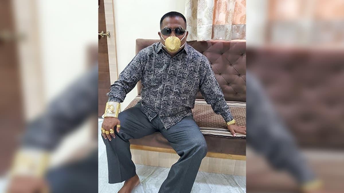 Koronavirüse karşı pahalı tedbir... Altın maske takıyor!