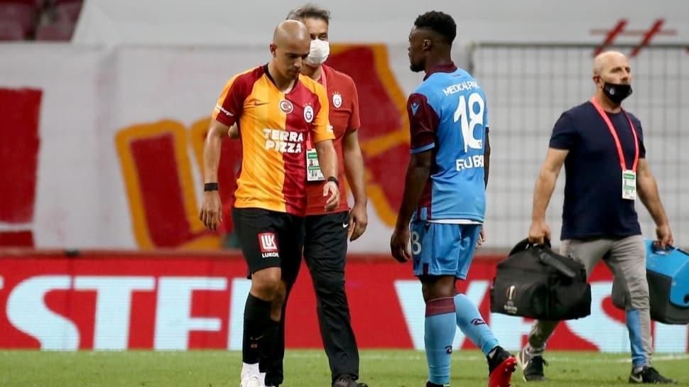 Galatasaray'da Feghouli'nin bileti kesildi