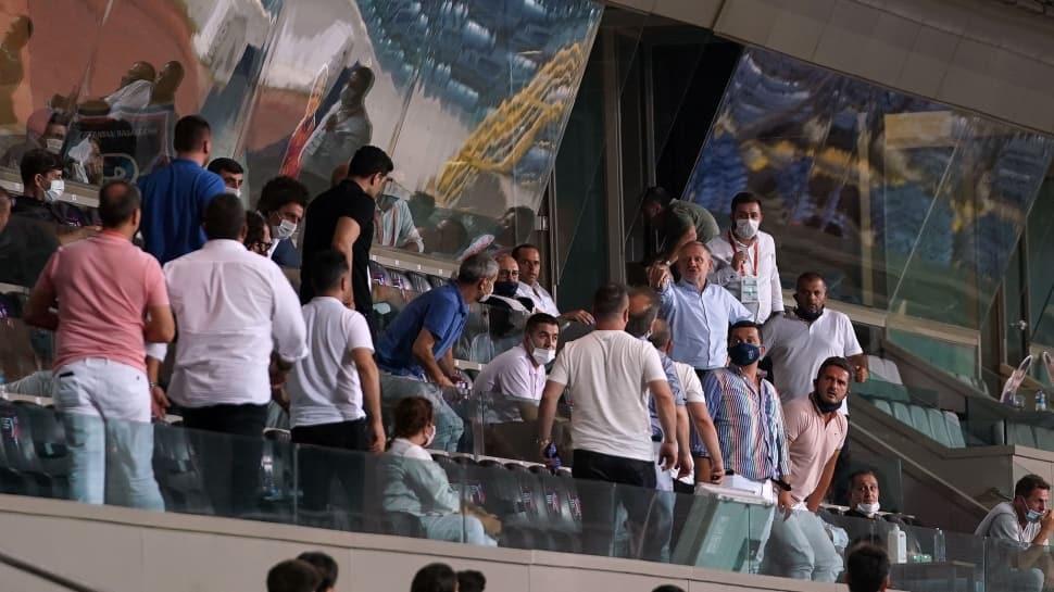 Başakşehir - Denizlispor maçında gerginlik