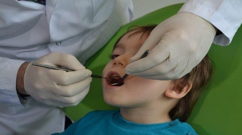 Çocuklarda veya bebeklerde diş temizliği nasıl olmalı?  Çocuklarda diş çürüğünü önleyen yöntemler