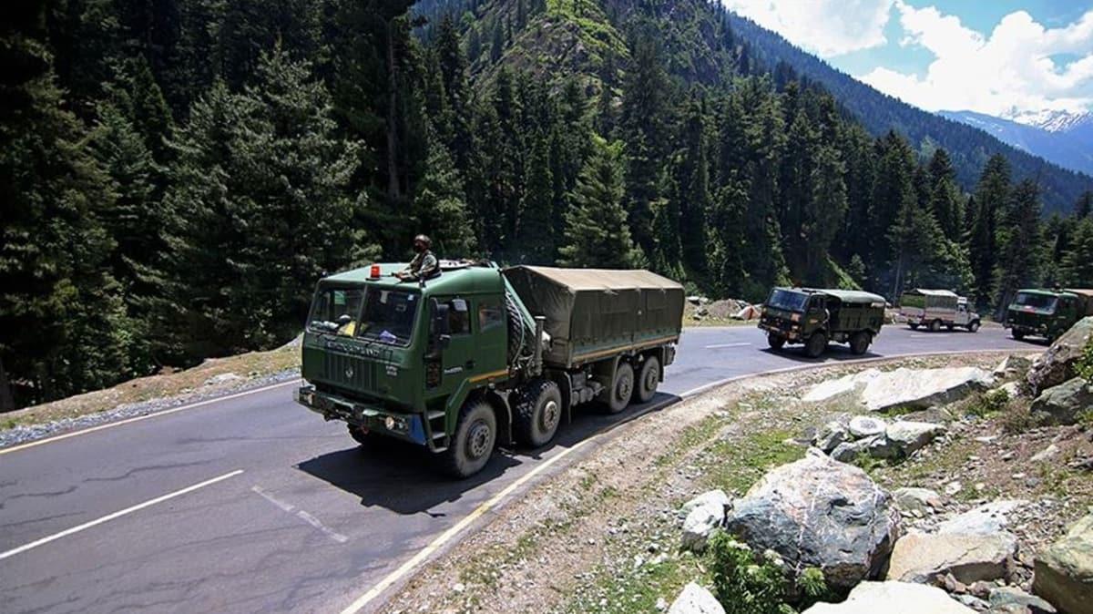 Süreç tamamlandı... Hindistan ve Çin askerleri ihtilaflı bölgeden geri çekildi!