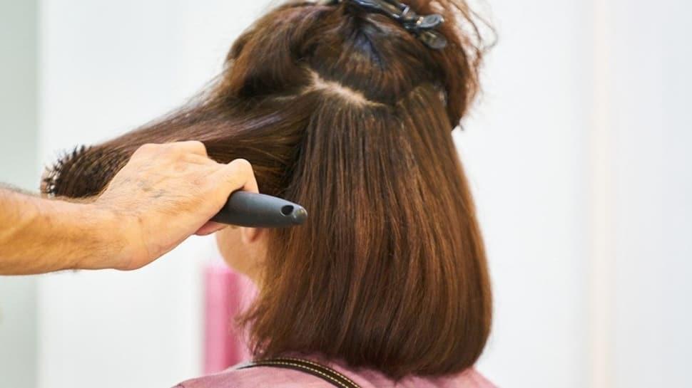 Pandemi döneminde fön çektirmek riskli!  Yaz mevsiminde saç bakımı nasıl olmalı?