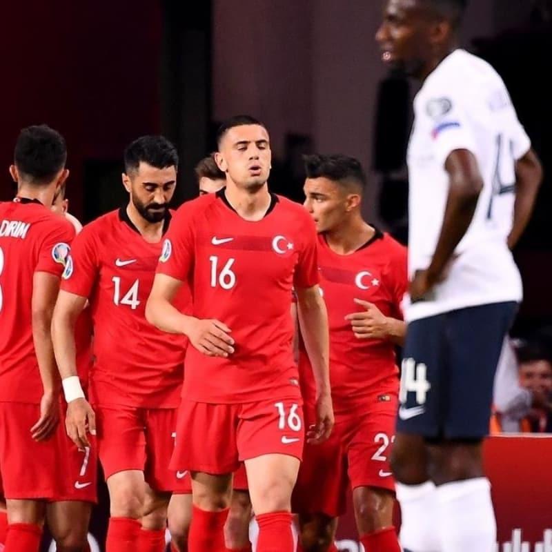 Joachim Löw açıkladı! Türkiye ile oynayacağız