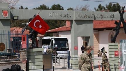 Valilik açıklama yaptı: 33 asker pozitif çıktı