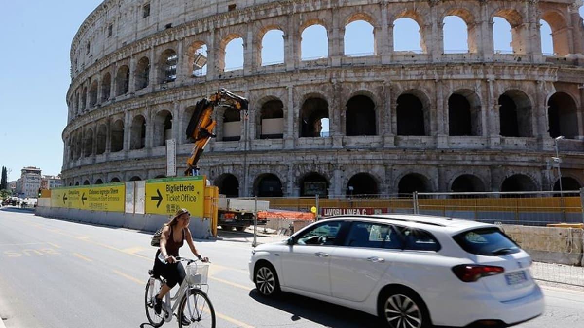 İtalya'da koronavirüsten ölenlerin sayısı 34 bin 967'ye yükseldi