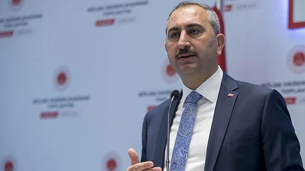 """Adalet Bakanı Gül'den """"15 Temmuz"""" mesajı"""