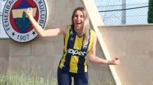 Bianka Busa: Fenerbahçe'ye imza atarak hayalimi gerçekleştirdim