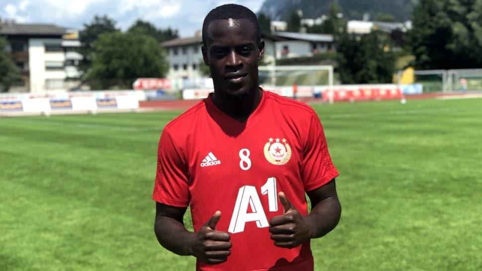 Edwin Gyasi'nin Beşiktaş'la anlaştığı ve 3 yıllık imzaların atılacağı iddia edildi