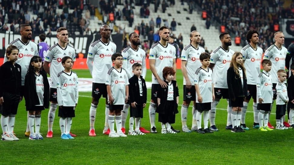 Victor Ruiz, Beşiktaş'la olan sözleşmesini tek taraflı feshetti