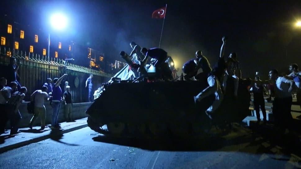 TÜRGEV'den duygulandıran paylaşım: Birer anıta dönüştüler