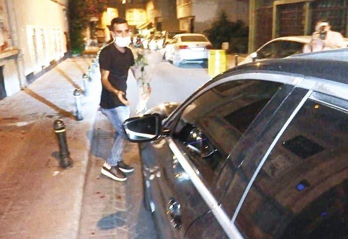 Murat Cemcir'in şoförü çiçekçiye çarptı, durmadı kaçtı!