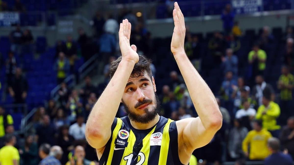 Fenerbahçe Beko'dan Kalinic'e teşekkür
