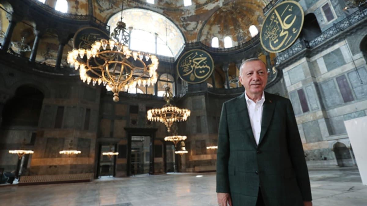Başkan Erdoğan Ayasofya Camii'nde incelemelerde bulundu