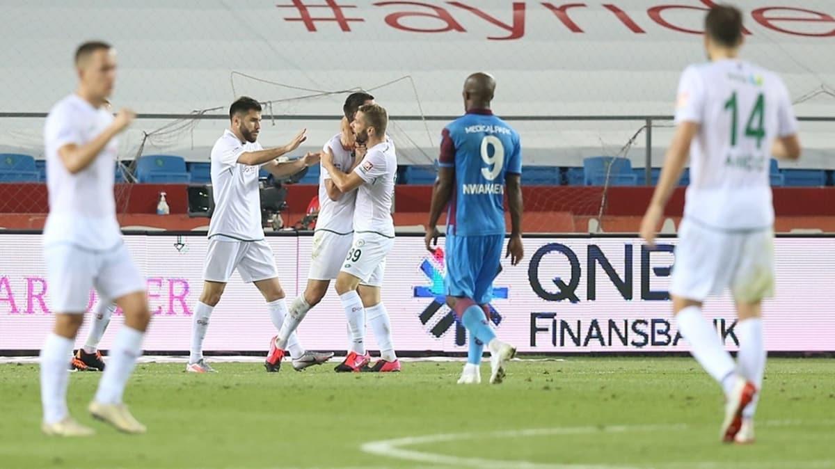 Konyaspor, Başakşehir'den sonra Trabzonspor'u da 4-3 mağlup etti